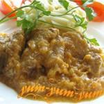 Мясо в нежно - луковом соусе