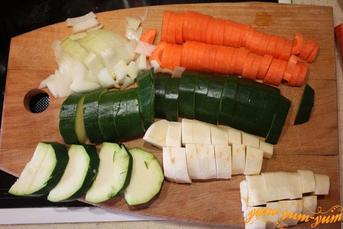 Шинкуем все овощи