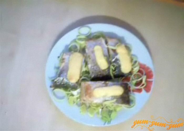готовую рыбу подаем к столу