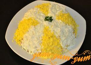 Салат из курицы с грибами и огурцом рецепт с фото