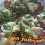 Горячий бутерброд с ветчиной и сыром рецепт с фото
