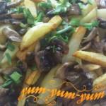 Жареная картошка с грибами рецепт с фото