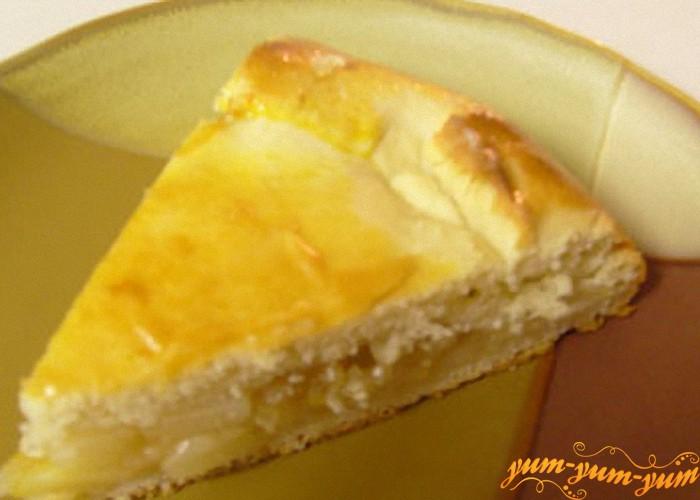 пирог из груши готов