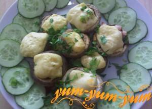 Шампиньоны с луком и сыром рецепт с фото