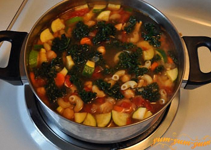 Суп с куриной грудки и цукини рецепт с фото