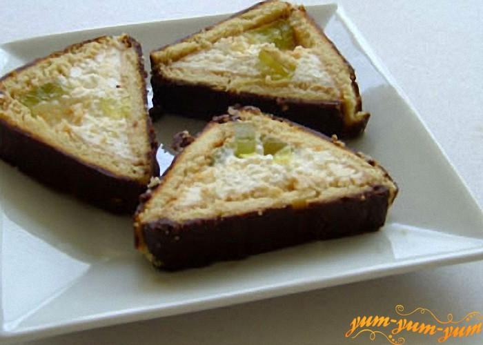 творожный торт с виноградом готов