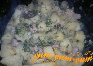 Тушеный картофель со свининой рецепт с фото