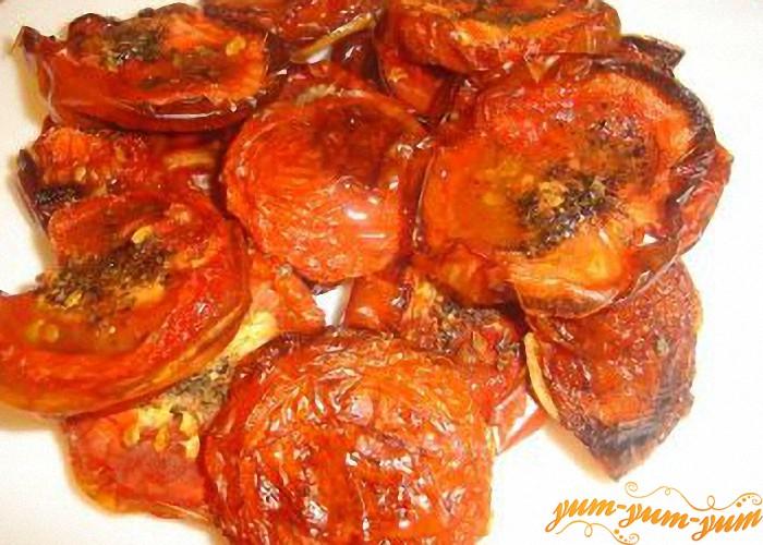 Вынимаем помидоры из духовки