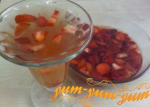 зеленый чай с клубникой рецепт с фото