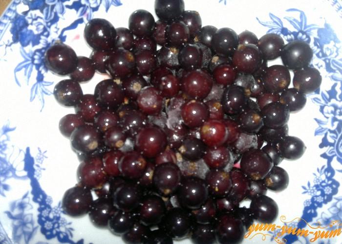 берем свежие и замороженные ягоды