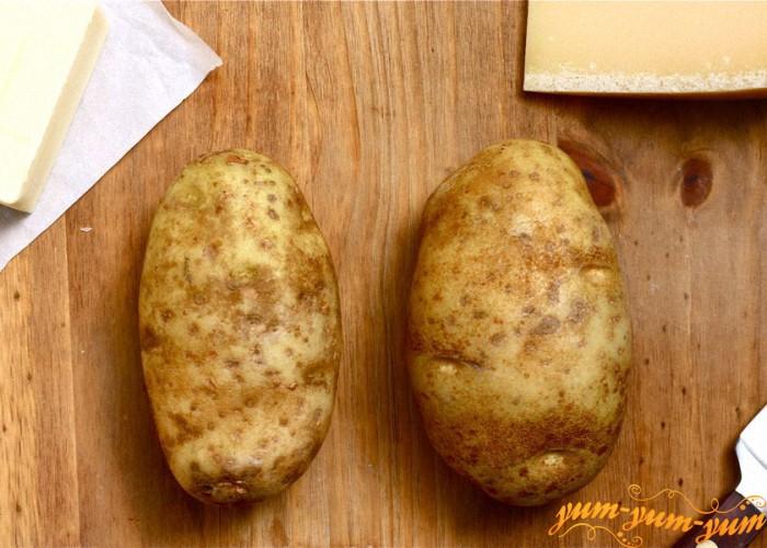 хорошо чистим и моем картофель