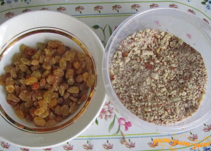 изюм и орехи для хлеба