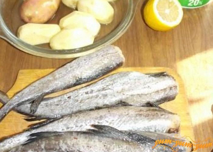 картофель и рыба