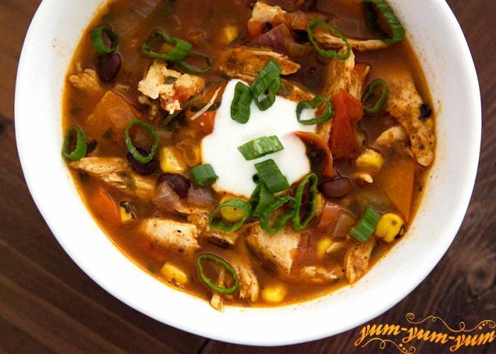 суп с чили можно подавать к столу