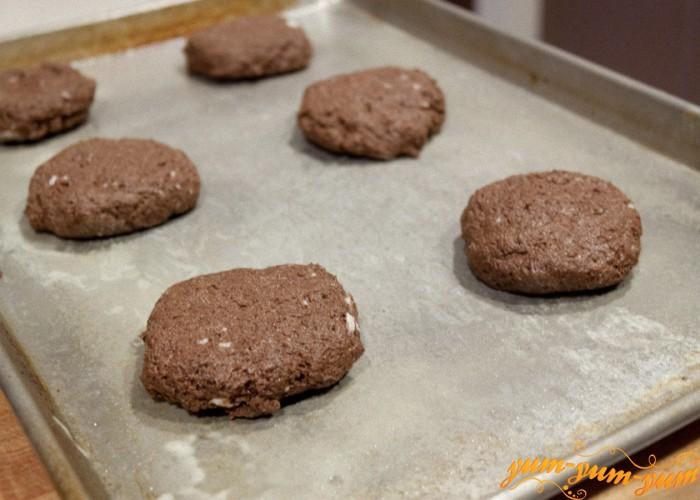 выпекаем шоколадное печенье