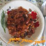 Готовые кабачки с фасолью и грибами