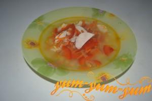 Готовый куриный суп с болгарским перцем