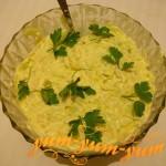 Шотовый салат с авокадо, курицы и огурцом