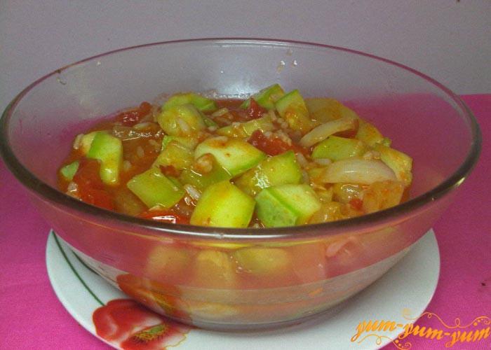 Овощной плов с кабачками готов