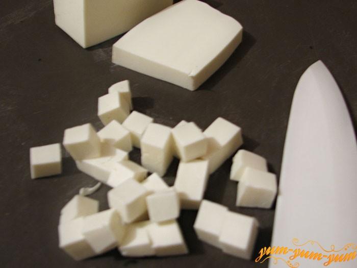 Сыр для салата режим кубиками