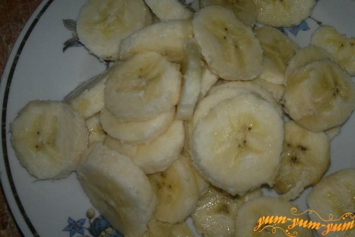 Добавляем к крему банан