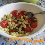 Приготовление салата из помидор и баклажанов