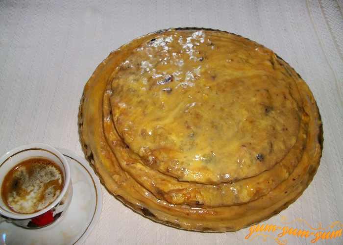 Готовый торт Пьяный францисканец подаем к столу