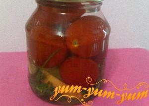 Рецепт консервированных яблок с помидорами