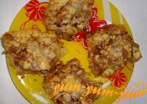 Рецепт хрустящего пирога с грушами и орехами