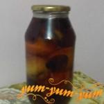 Рецепт компота из слив и яблок