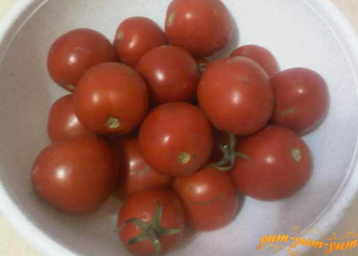 Выбираем для варенья спелые крепкие помидоры