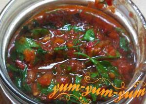 Рецепт аджики из помидор в домашних условиях