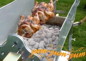 Рецепт курицы на вертеле на углях