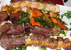 Рецепт шашлыка Ассорти с мясом и рыбой