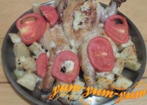 Как приготовить курицу, картошку и помидоры в духовке