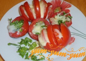 Как приготовить помидоры с сыром
