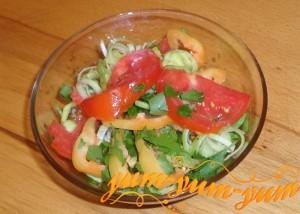 Как приготовить простой салат из помидоров