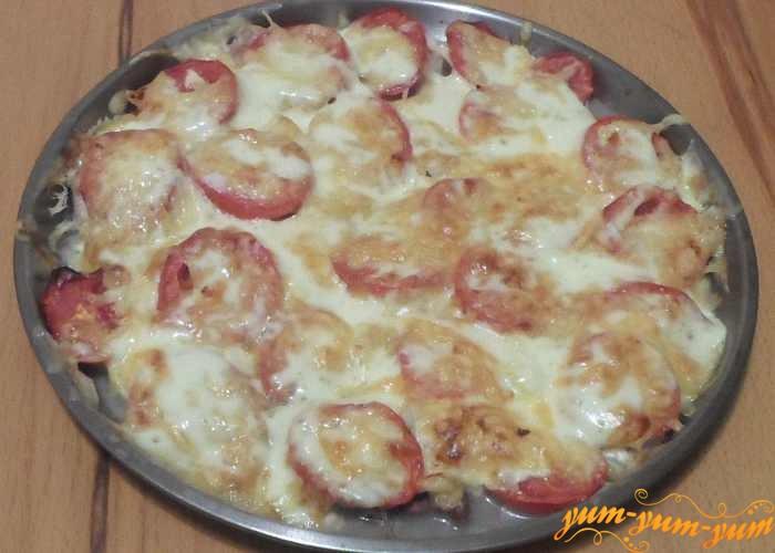 Мясо по-французски с помидорами можно подавать к столу