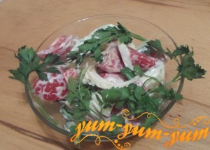 Рецепт приготовления овощного салата из огурцов и помидоров