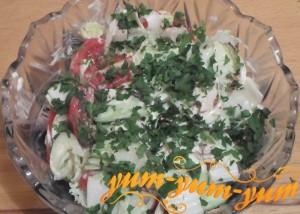 Рецепт салата из свежей капусты, огурца и помидор