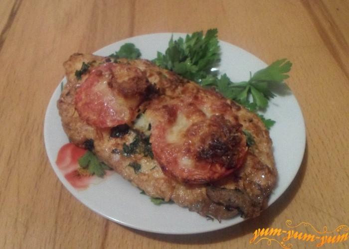 Филе куриное запеченное с помидорами подаем к столу