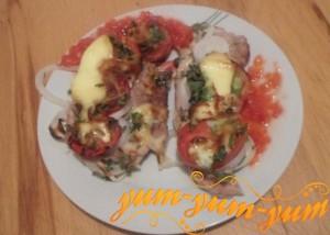 Как приготовить отбивную свинину с помидором и сыром в духовке