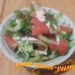 Как приготовить салат из помидоров и куриным филе