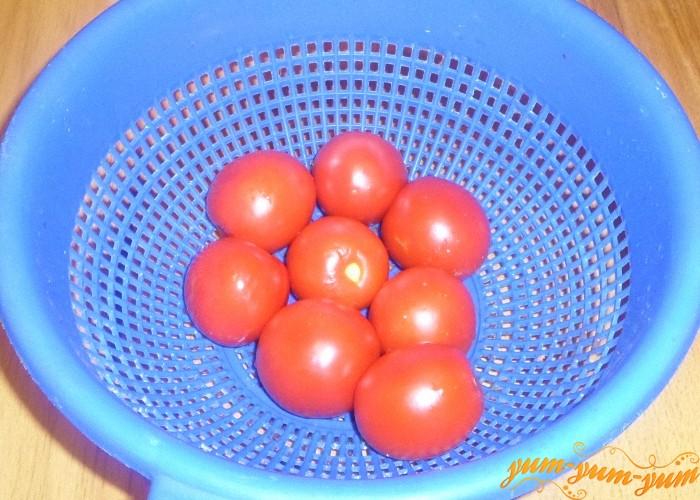 Спелые помидоры для супа помыть