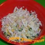 Как приготовить салат из капусты, колбасы и кукурузы