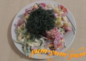 Как приготовить салат с ветчиной и кукурузой