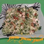 Как приготовить салат с копченой курицей и соленым огурцом
