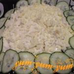 Как приготовить салат с курицей и маринованным луком