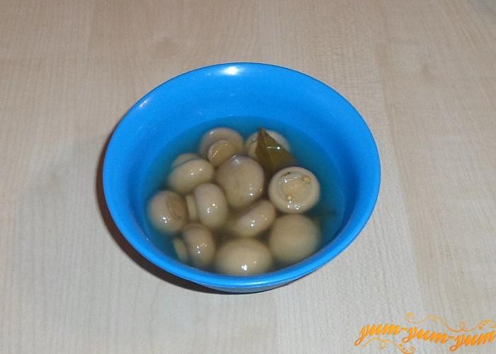 Маринованные грибы можно брать любые
