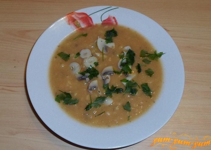 Добавить в готовый суп грибы и фасоль и немного зелени